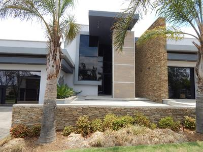 Property For Sale in Midstream Hill, Centurion