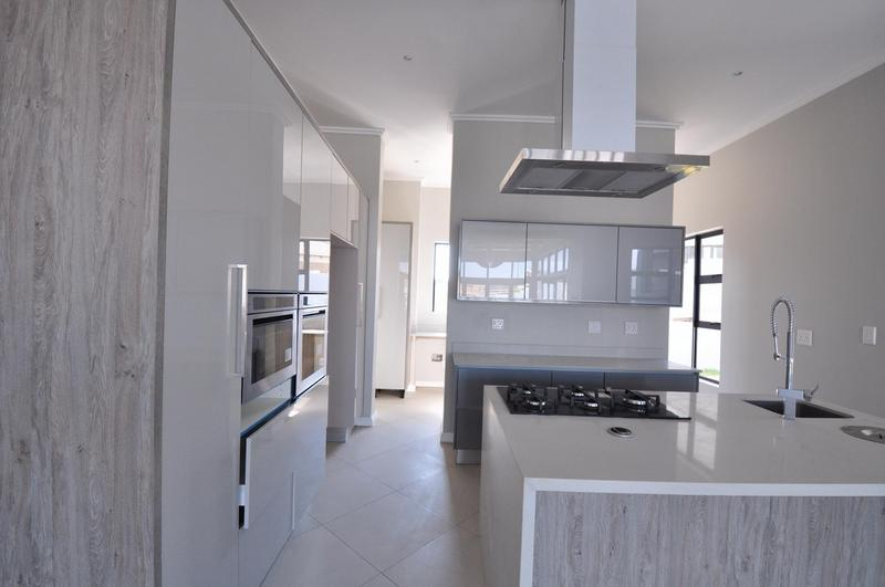 Property For Sale in Midstream Estate, Centurion 5