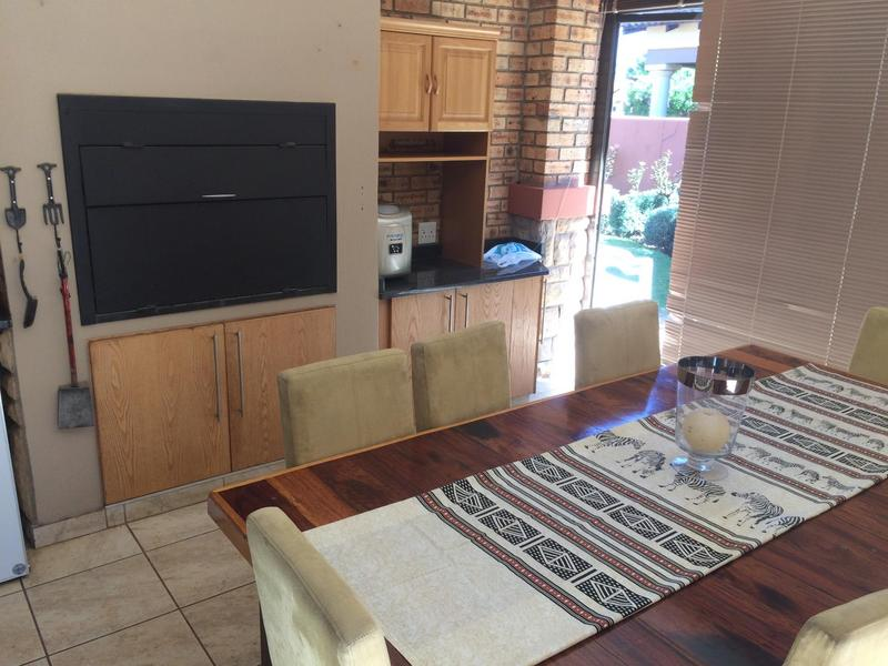 Property For Sale in Midfield Estate, Centurion 16