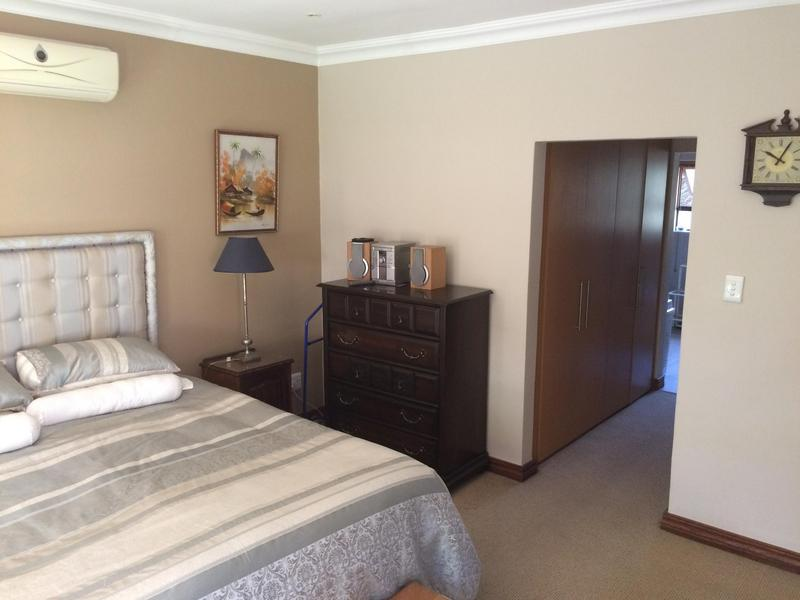 Property For Sale in Midfield Estate, Centurion 27