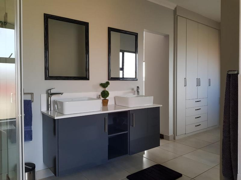 Property For Sale in Midstream Ridge, Centurion 27