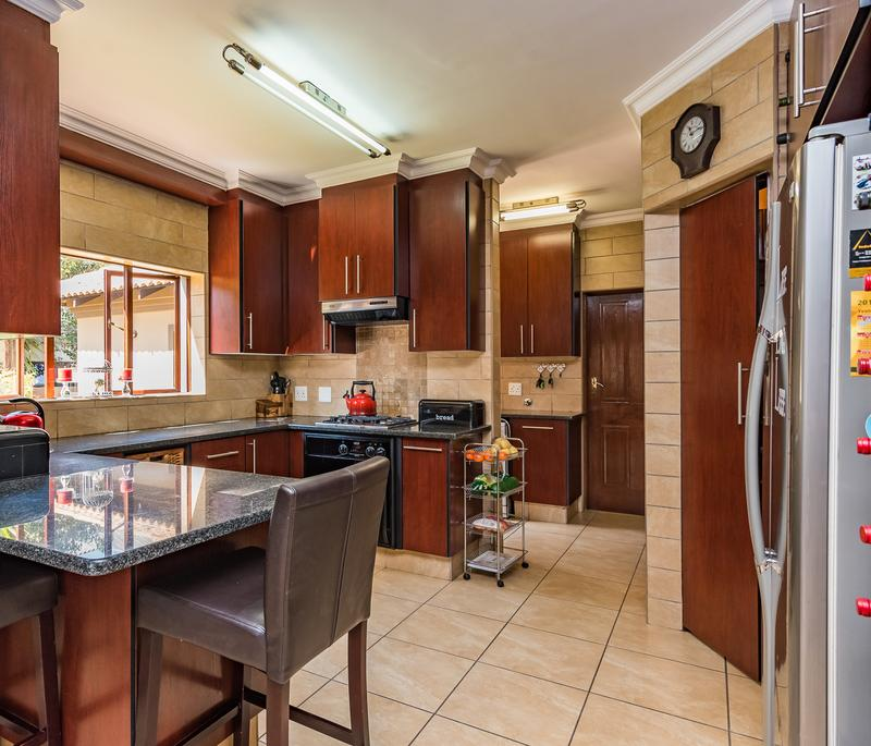 Property For Sale in Midfield Estate, Centurion 11