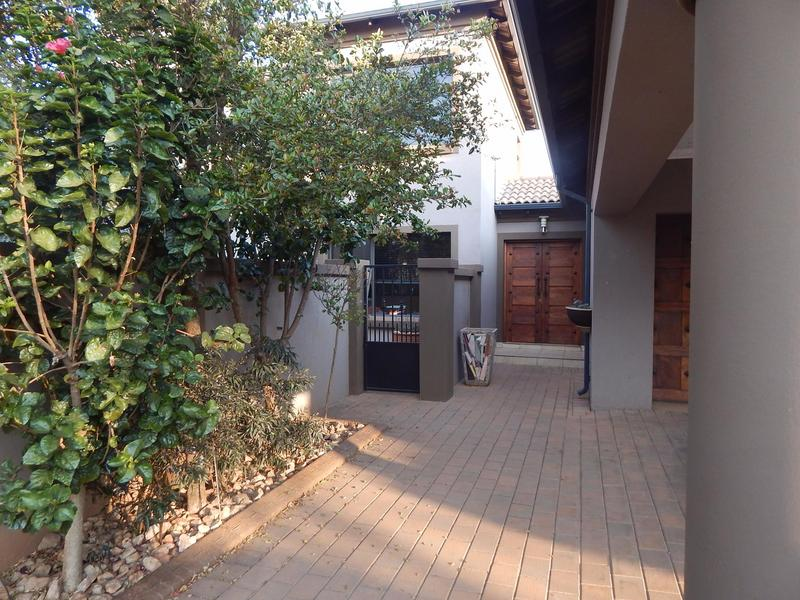 Property For Sale in Midfield Estate, Centurion 2