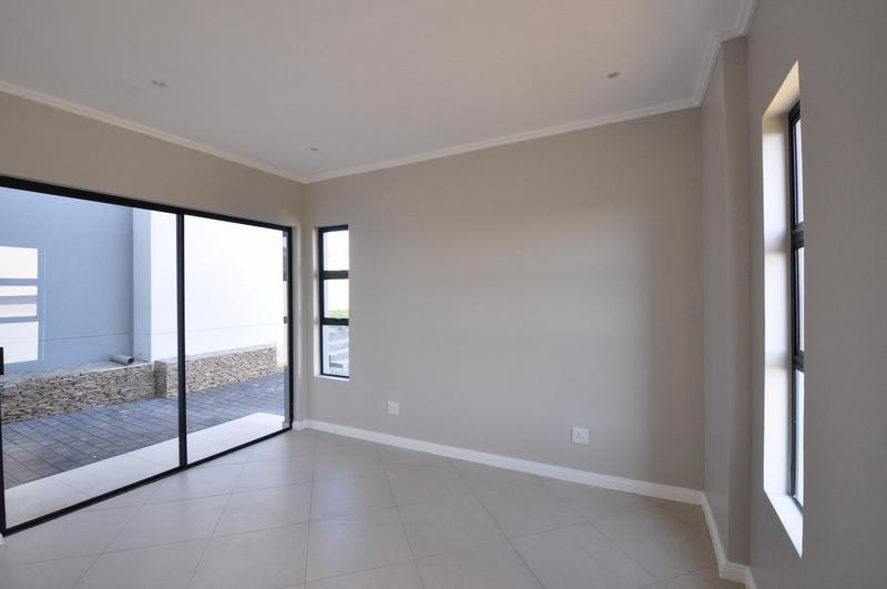 Property For Sale in Midstream Estate, Centurion 14