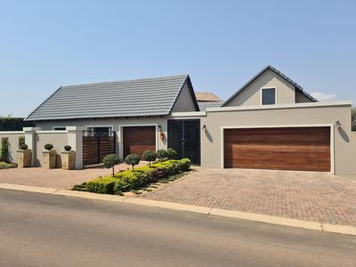 Property For Sale in Midlands Estate, Centurion