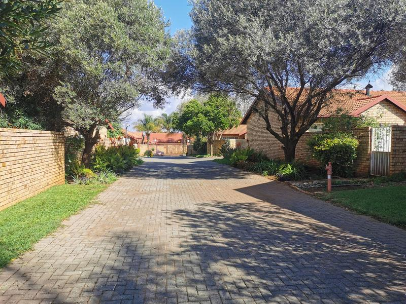 Property For Sale in Highveld, Centurion 17