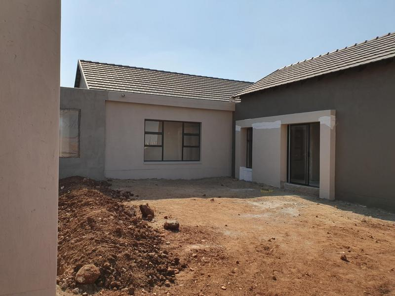 Property For Sale in Midstream Ridge, Centurion 25