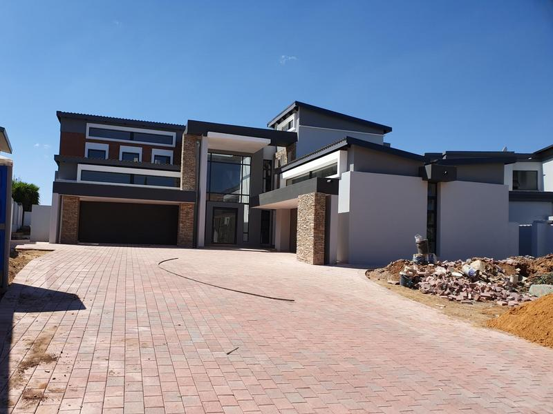Property For Sale in Midfield Estate, Centurion 1