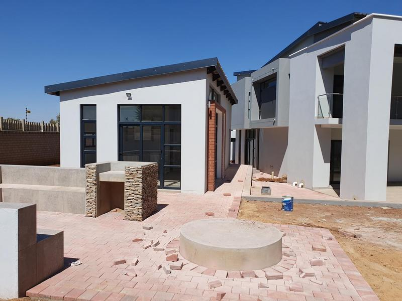 Property For Sale in Midfield Estate, Centurion 44
