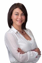 Ananda du Plessis, estate agent
